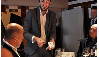 magicien pour repas d'entreprise