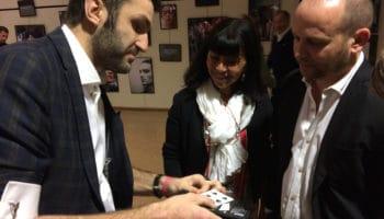 La magie close-up pour une inauguration d'entreprise à Genève