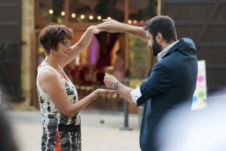 Magicien pour votre mariage de partout en France et aussi en Suisse