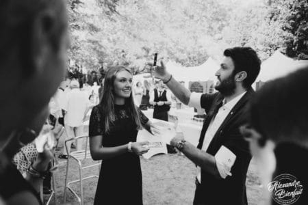 Animation Mariage à Lyon Magicien Mentaliste animation vin d'honneur