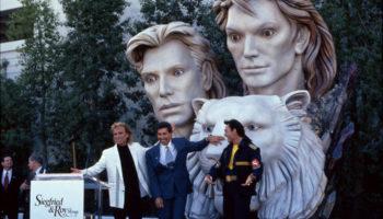 Siegfried & Roy duo de magiciens Statue